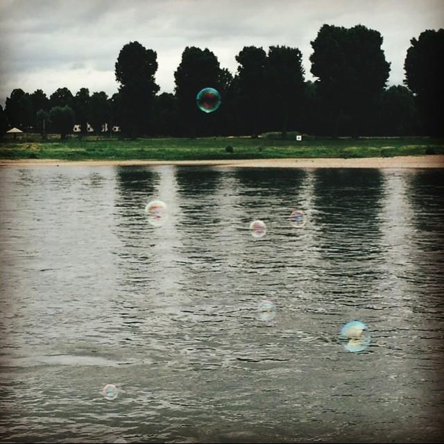 Rhine bubbles