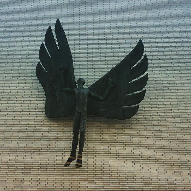 Angel with cold feet. #angel #cologne #feet #engel #köln