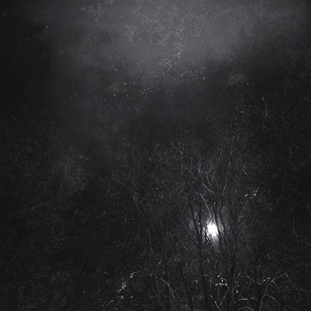 Moon over Spichernstreet #cologne #köln #moon #weihnachten #christmas